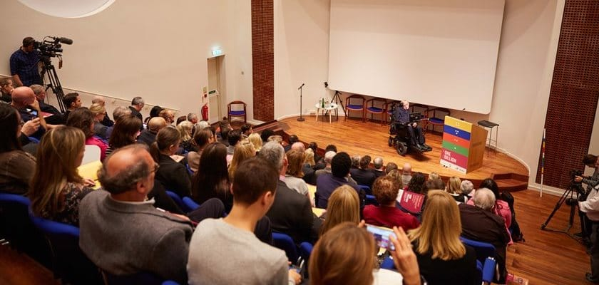 Picture of Stephen Hawking at the Møller Centre