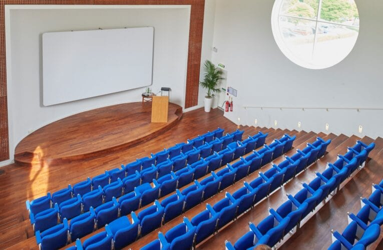 Picture of the moller lecture theatre